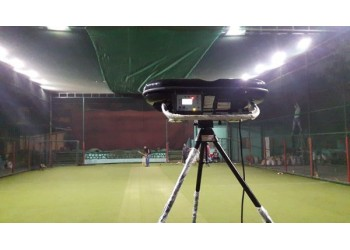 The High Speed, Spin Professional Cricket Bowling Machine